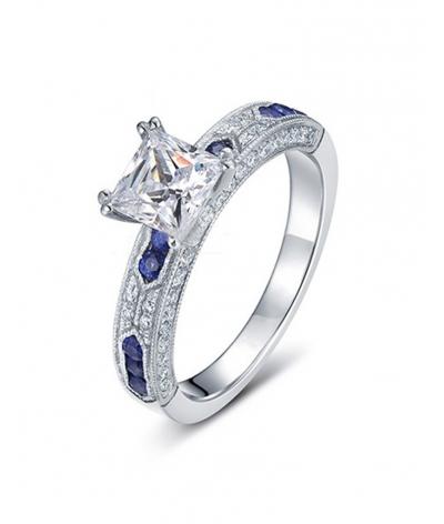 Anillo de compromiso detalles azules en plata