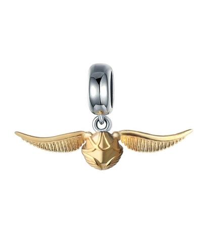Dije con collar snitch voladora en plata