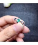 Anillo de compromiso princesa en plata con esmeralda
