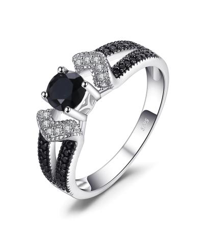Anillo de compromiso espinela negra en plata