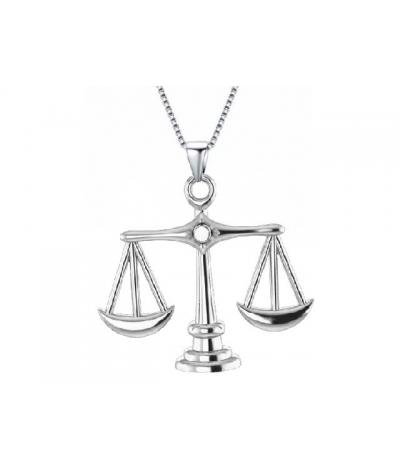 Cadena con dije balanza de justicia - abogados en plata